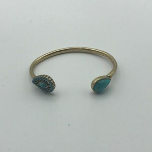 Lucky Brand   Turquose Gold Clasp Bracelet